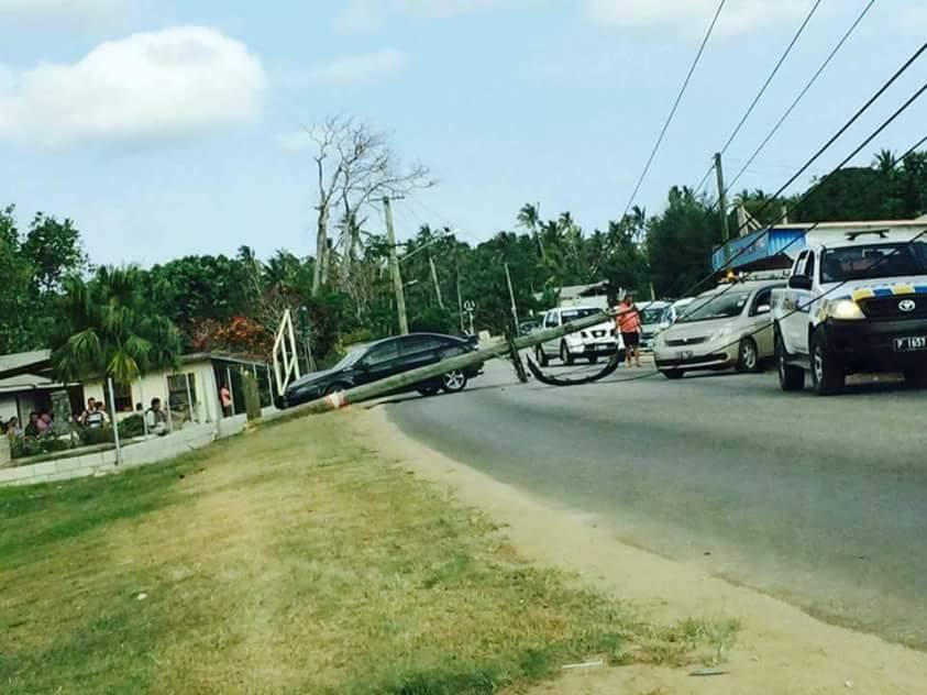 Car accident takes down a power pole in Vainī - Kaniva Tonga