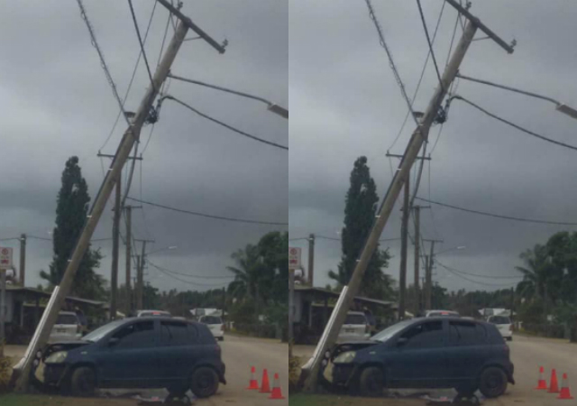 Car hits power pole in Tongatapu - Kaniva Tonga | Largest